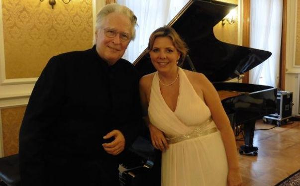 Eliane Reyes avec Jean Claude Vanden Eyn