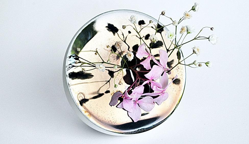 vase pique fleurs par benjamin rousse  (