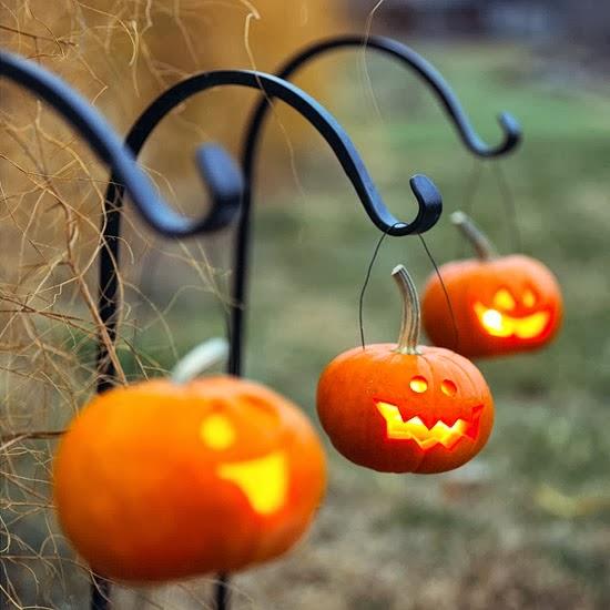 casa t chic halloween