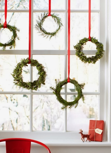 Christmas-neon-wreaths_chic_decó_natal