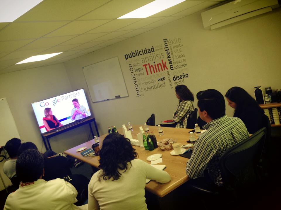 En video conferencia con Google