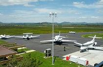 avion_aeroport_puy_en_velay_loudes_roadtrip_agence_voyage_moto