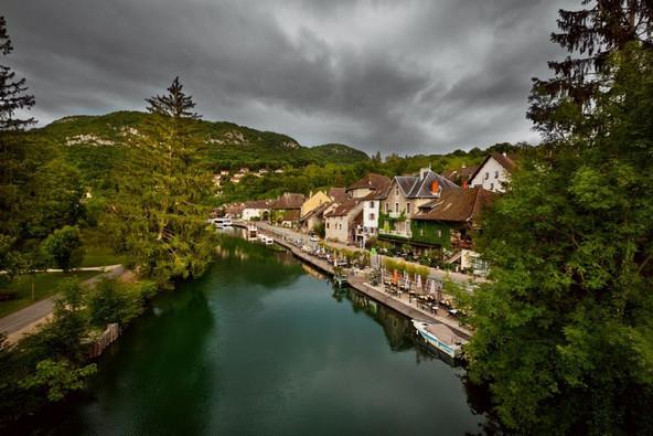 Chanaz, canal de Savières (73) Crédit photo ; © A. Amiot/Auvergne-Rhône-Alpes Tourisme