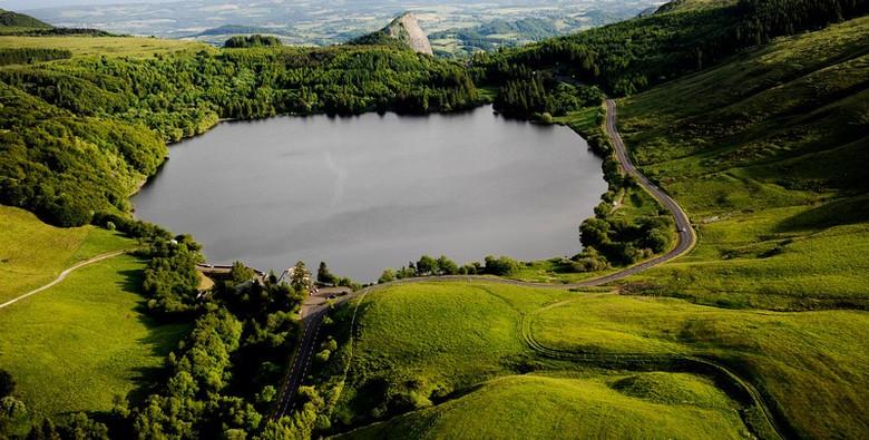 Lac de Guéry - massif du Sancy (63) Crédit photo ; © G. Fayet/Auvergne-Rhône-Alpes Tourisme