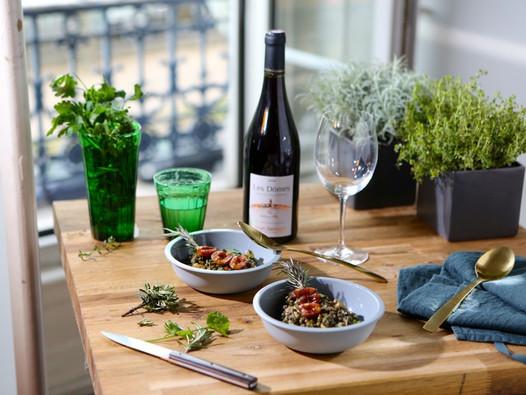 Salade de lentilles vertes du Puy aux prunes et Côtes d'Auvergne Crédit photo : © Beegoo/Auvergne-Rhône-Alpes Tourisme