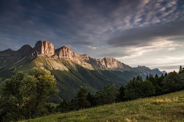 PNR Vercors (38) - les falaises autour de Gresse-en-Vercors (38) Crédit photo ; © N. Bohere/Auvergne-Rhône-Alpes Tourisme