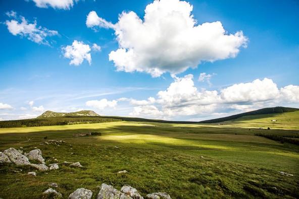 Le plateau du Mézenc (43) Crédit photo : © D. Frobert/Auvergne-Rhône-Alpes Tourisme