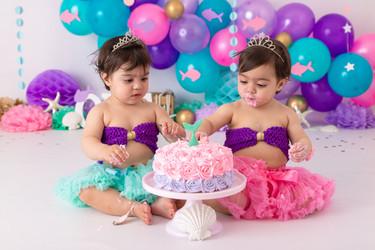 Sophia & Emilia's Cake Smash-32.jpg