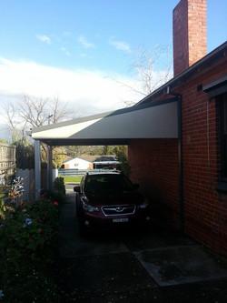 Single steel carport