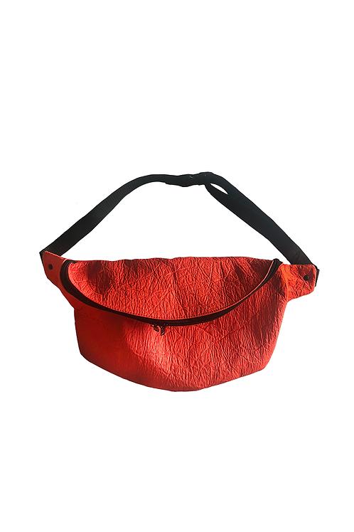 Crossbody Bag XL PINATEX® rot