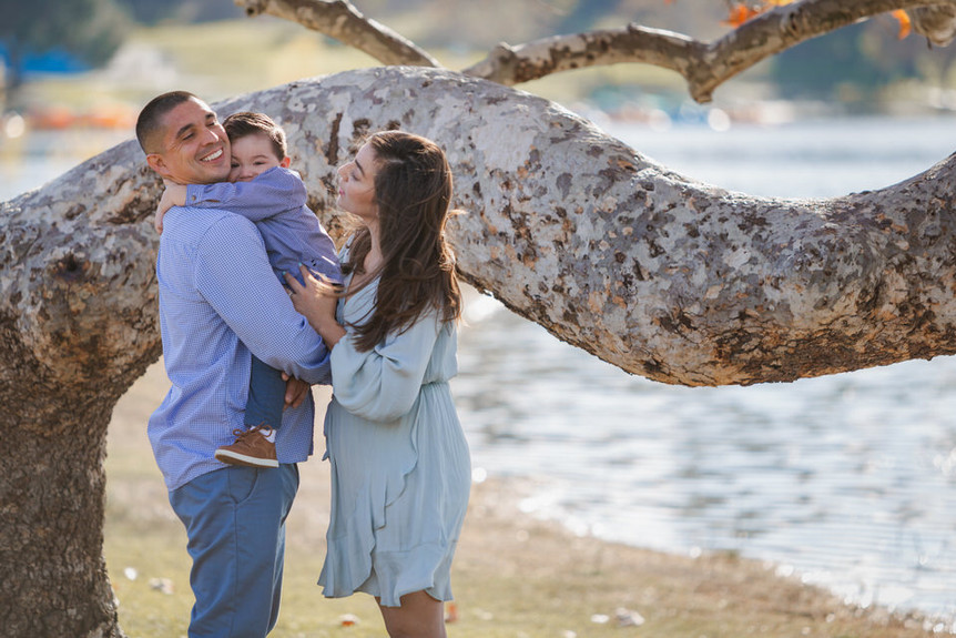 Austen Hunter Portrait Photography Temple City Photography Family Photos Maternity in the Park Session Man Woman child family embrace