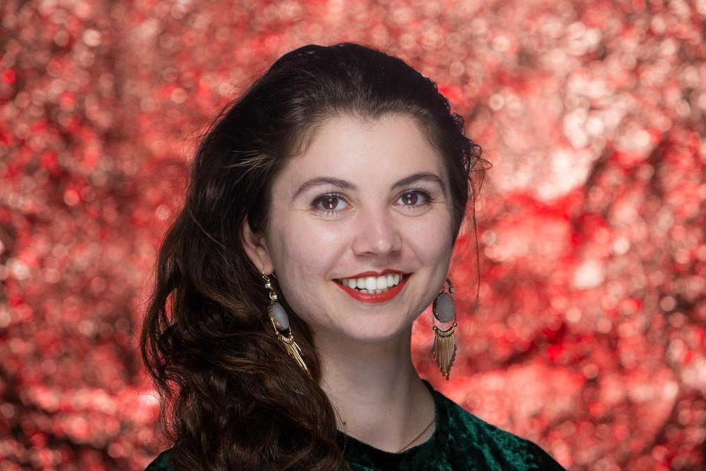 Beautiful Female Model Creative Acting Heashot Austen Hunter Photography