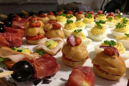 marcos_eetcafe_catering_-_catering.jpg