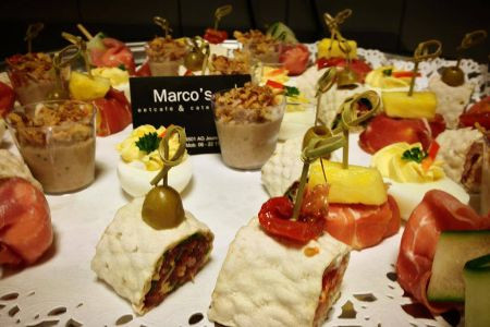 marcos_eetcafe_catering_-_catering4.jpg