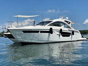 cruisers-yachts-54-cantius (3).jpg