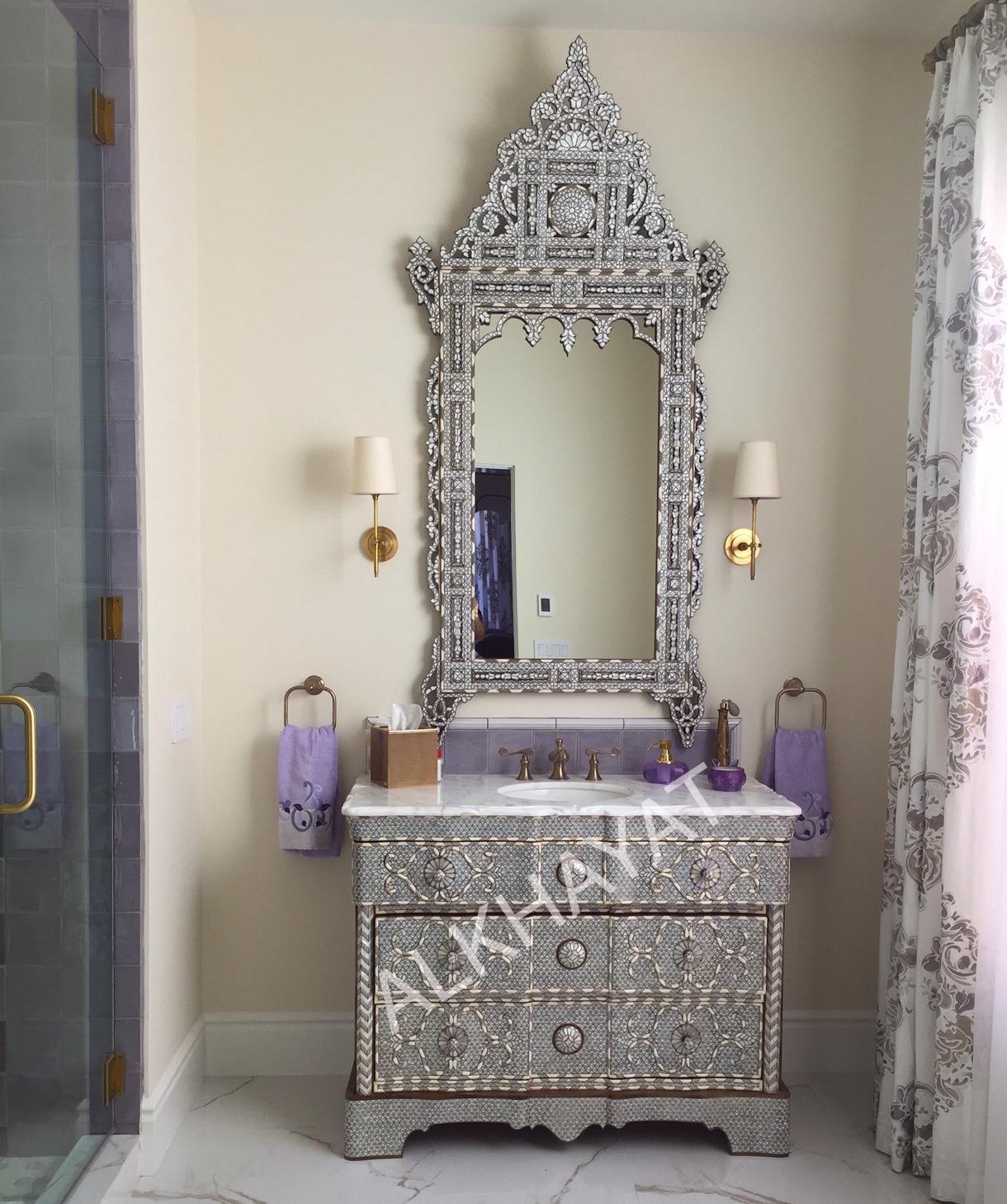 Single sink vanity & mirror