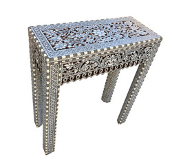 Contemporary Syrian table