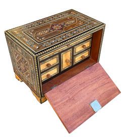 Syrian jewelry box