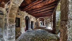 Cornello-dei-Tasso-borgo-dove-e-nata-posta.jpg