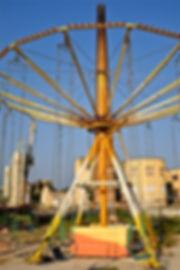 Behindthescene.jpg oeuvre artistique numérique couleur Luna Park ventes tirages d'art audacieuse galerie genève suisse danièle verjus toulouse france