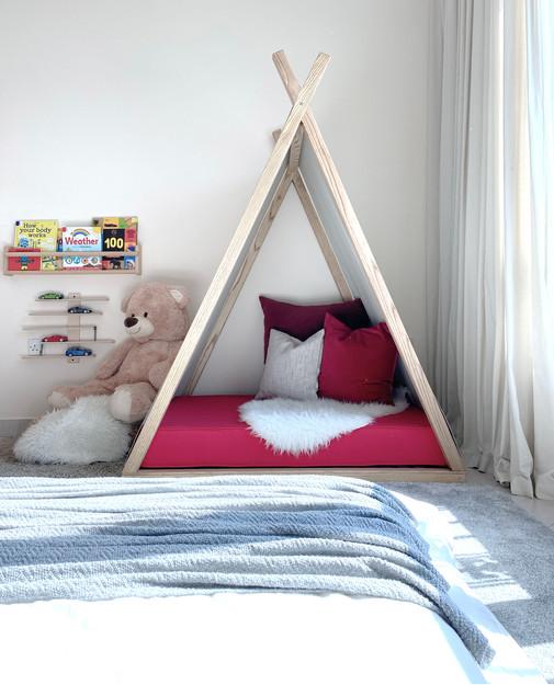 toddler's room3.jpg