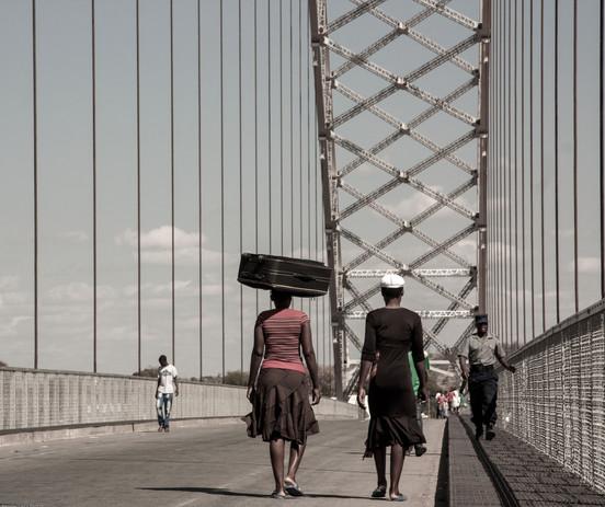 bridge-961785.jpg