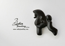 Standing poodle brooche