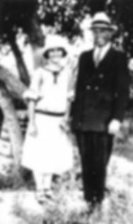 walter_varah_long_and_ada_1922.jpg