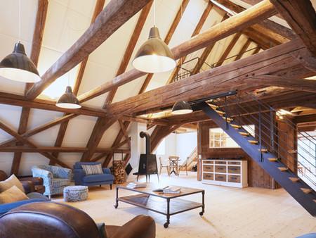 Denkmalgeschützter Umbau, Dachgeschoss, Innenarchitektur, Treppendesign, Farb/Materialkonzept