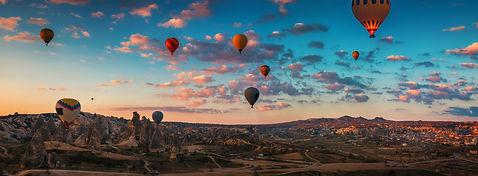 dreamstime_xxl_94712158.jpg balloons pan
