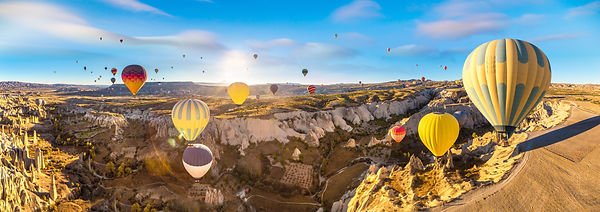 dreamstime_xxl_190362902.jpg Cappadocia,