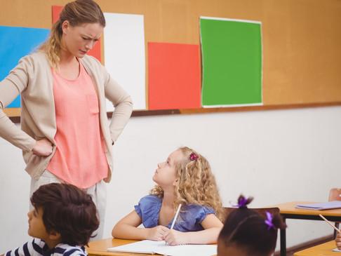 ¿Cuál es la diferencia entre medida de apoyo pedagógico y/o psicosocial y medida disciplinaria?