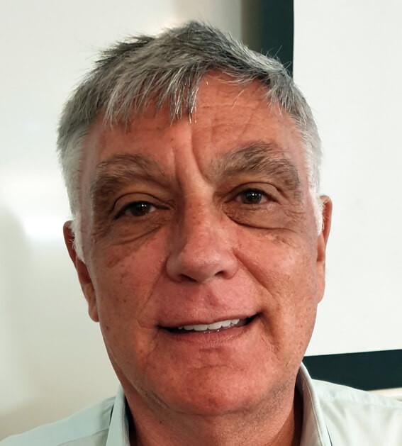 """השגריר ד""""ר חיים קורן"""