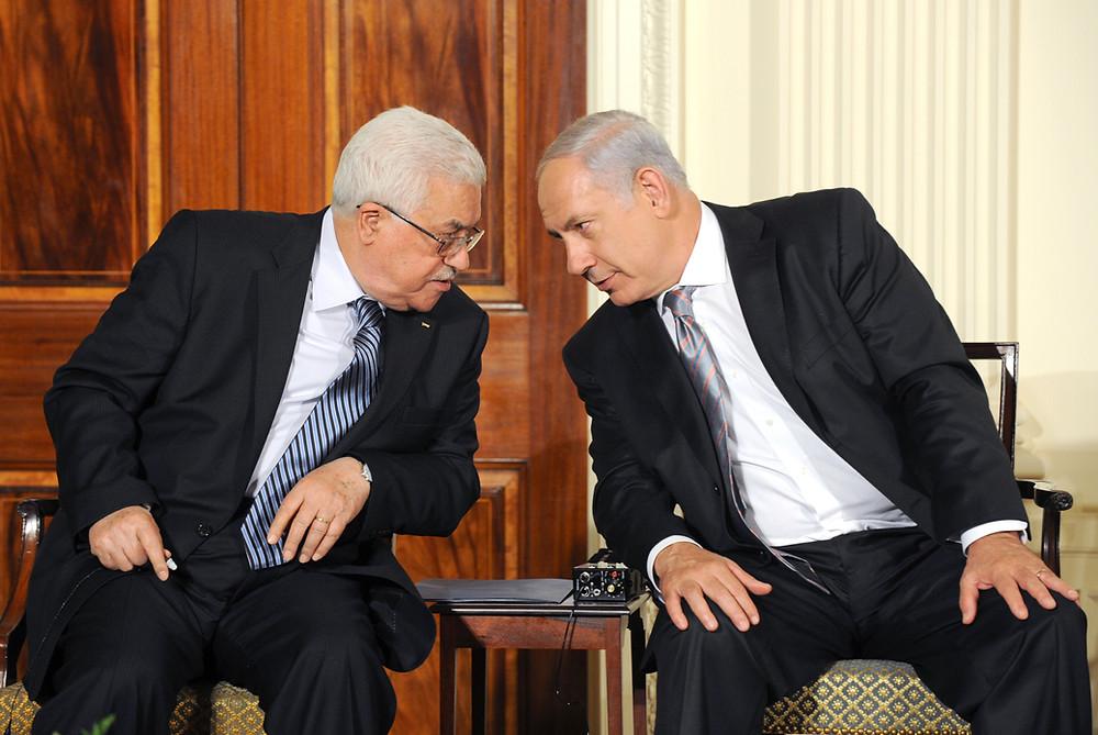 """רה""""מ נתניהו ונשיא הרשות הפלסטינית מחמוד עבאס (אבו מאזן) בוושינגטון ב-2010"""