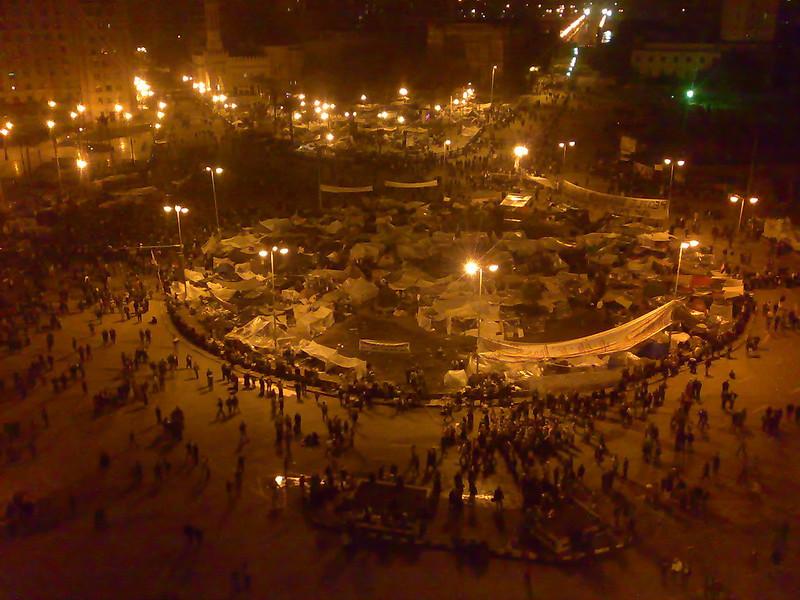 כיכר אל-תחריר בקהיר בפברואר 2011, כשבועיים לאחר נפילת שלטון מובארכ