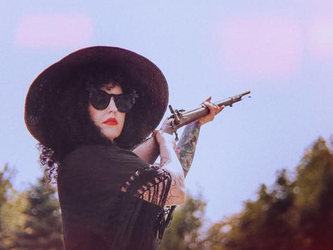 Alt-Rock Artist Anne Bennett Releases Latest Single 'Heavy Hand'
