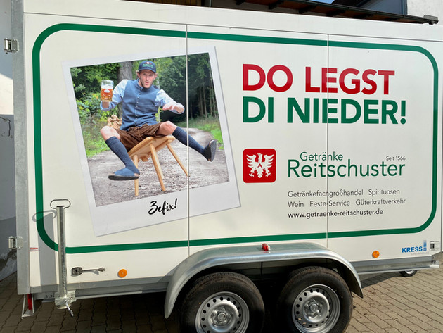 "Kühlwagen ""Do legts di nieder!"""
