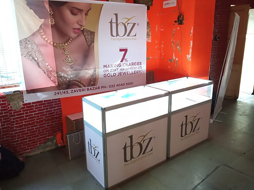 LED Lit Jewelry Display Counter