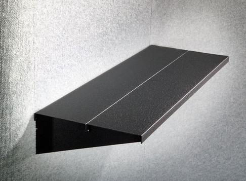 Innovative Shelf System in Magnetic Backdrops
