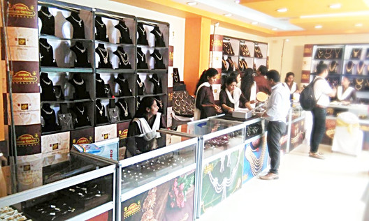 Jewelry Display Counter and Backdrops