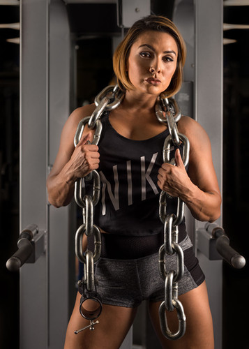 Roxi Zendejas Crossfit Strength