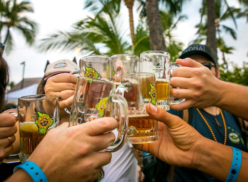 Kona Brewers Festival Cheers!