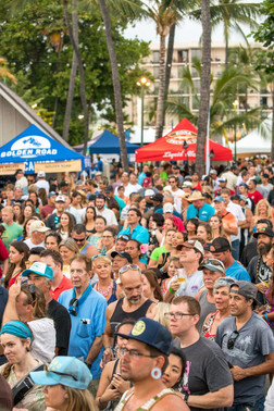 Kona Brewers Festival Tons of People