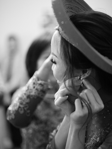 Bride getting ready at the Christ Cathedral