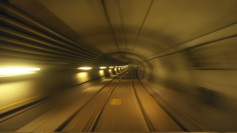 38-El cambio, la vida en el carril de Velocidad.jpg