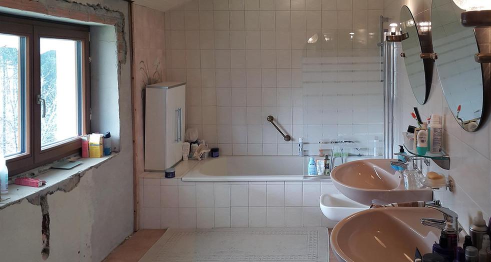 Badezimmer Vor-1