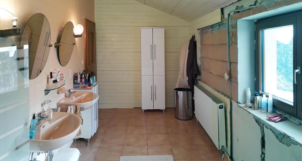 Badezimmer Vor-2