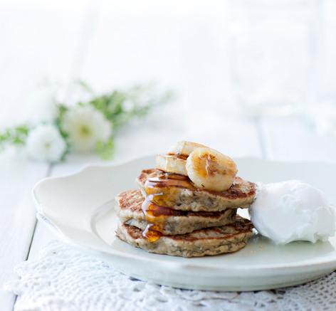 banana and oats pancakes 20.jpg