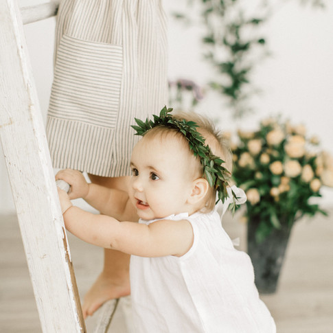 0099-artiese-baby-family-lifestyle-portraits-toronto-TDJ_7997.jpg