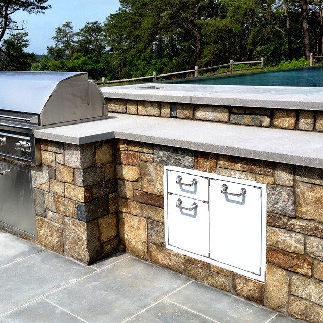 Custom stone outdoor grill island, South